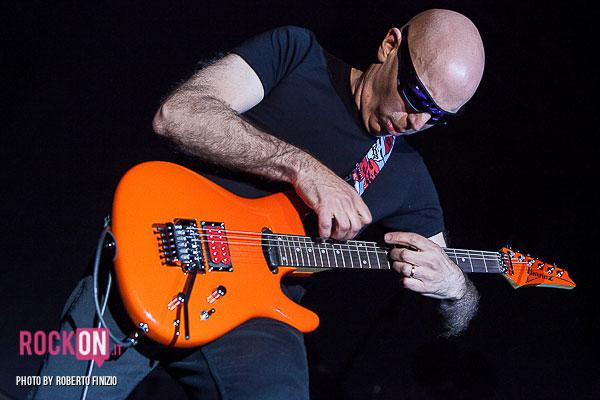 Joe-Satriani—Unsoppable-Momentum-World-Tour-2013-@-Live-Club-Trezzo-d'Adda-MI-30-maggio-2013-ph-Roberto-Finizio-3776