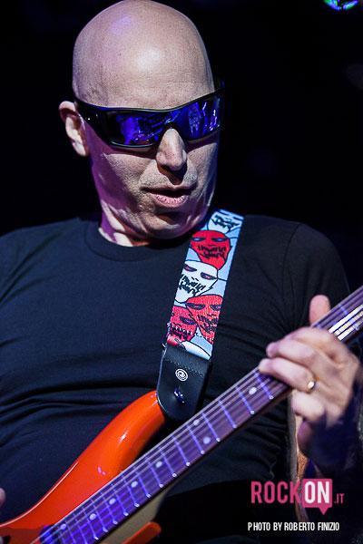 Joe-Satriani—Unsoppable-Momentum-World-Tour-2013-@-Live-Club-Trezzo-d'Adda-MI-30-maggio-2013-ph-Roberto-Finizio-3794