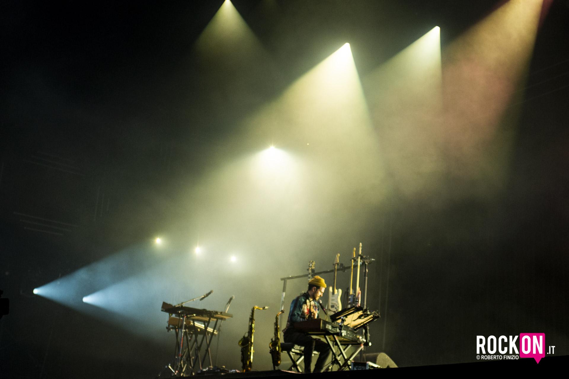rockon-FKJ-lowlands-festival-netherlands-music-concert-roberto-finizio-16-august-2019-50