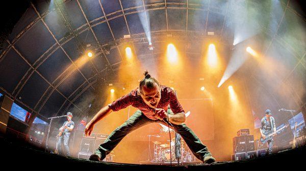 Piero Pelù in concerto al Carroponte di Milano foto di Andrea Ripamonti